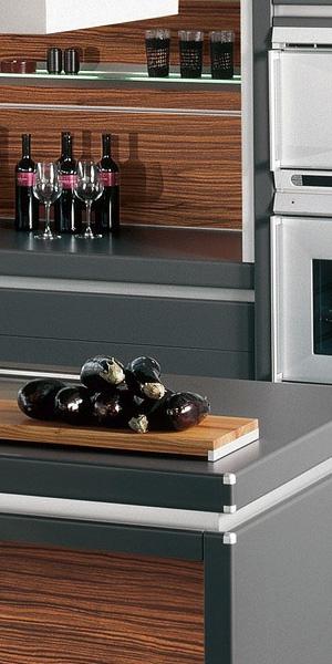 dekorativnaja_panel_wood_brown_int