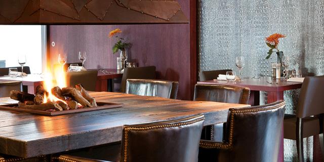 wandpaneele-restaurant-selbstklebend-leder-optik-grau